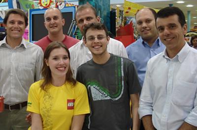 Equipe LEGO Brasil e RiHappy